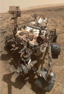 mars-rover-curiosity-selfie-bizsiziz