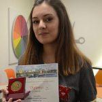 10. Sınıf Öğrencisi İpek Arslantaş, Matematikte Dünya Şampiyonu Oldu!