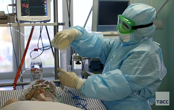Kovid-19'a bağlı hastaneye yatış riskini 6 kat artıran hastalıklar açıklandı  Bizsiziz