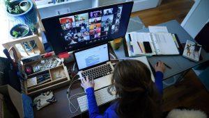 İngilterede Bir Telekom Şirketi Tüm Öğrencilere Ücretsiz ve Sınırsız İnternet Sunmak İçin Hükümetle Anlaştı