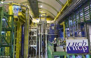 Cern Ekibi Günümüz Fizik Yasalarının Yetersizliğini Kanıtlayabilecek Bir Keşif Yaptı