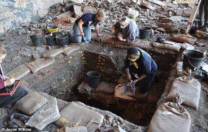 Güney Afrikada 105.000 Yıl Önce Dini İnanışlar Olduğunu Gösteren Nesneler Bulundu