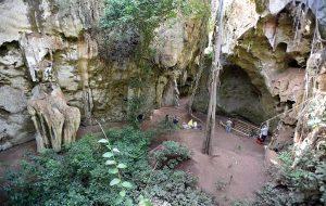 Afrikanın 78000 Yıllık En Eski Mezarı Ortaya Çıktı: Erken İnsanlar Ölülerini Gömüyordu