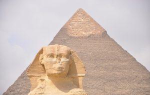 Mısırdaki Devasa Piramitleri