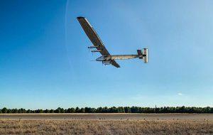 ABD Donanması 90 Gün Boyunca Havada Kalabilen Güneş Enerjili Uçak Geliştiriyor