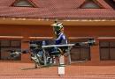 Öğrenciler Okul Sandalyesini Yangınlara Kolay Erişim Sağlayacak İnsanlı Bir Drona Dönüştürdü