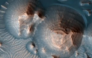 Early Mars Experienced Volcanic Supereruptions, Reseachers Say