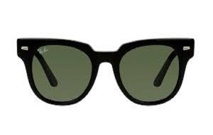 /Ray-Ban Stories let you wear Facebook on your face. But why would you want to?