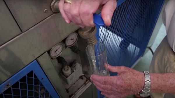 82 Yaşındaki Mühendis İnce Havadan Su Çıkaran Makine Yaptı